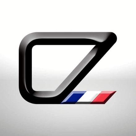 « Les lettres C et Z sont imbriquées et forment un cadre de vélo. J'ai ensuite voulu ajouter les couleurs du drapeau français car j'espère pouvoir produire sur le territoire. »