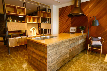 藤沢市の古材システムキッチン