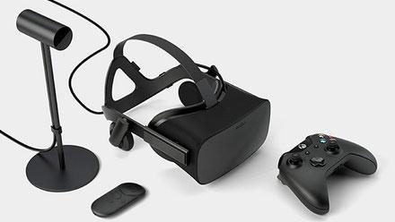 Oculus Rift mit allen Sensoren und Fernbedienungen