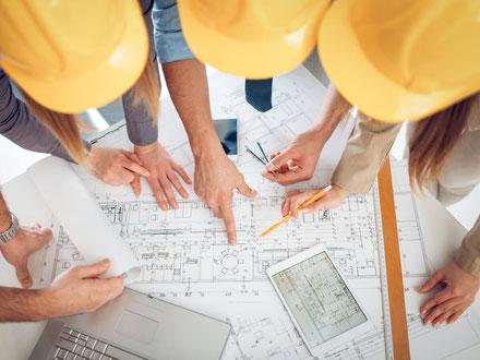 Team von Architekten bei der Generalplanung