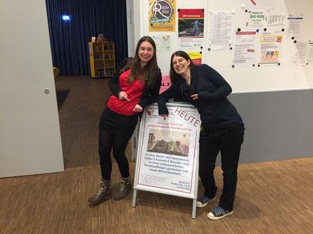 Lesung zur Langen Nacht der aufgeschobenen Romananfänge vom VS, mit Sarah M. Kempen und Esther Kaufmann