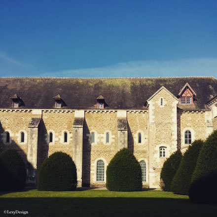 batiment des freres convers -  domaine - abbaye de pontigny