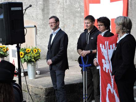 Familien-Landsgemeinde in Oberdorf: Peter Keller, Roman Huser, Maria Huser, Liliane Bruggmann. Oktober 2015