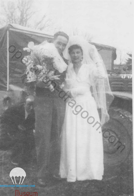 Clarence PALMER and Eliette CALVIER for their wedding the 8th February 1946