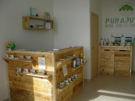 mobiliario realizados con pallet y madera reciclada