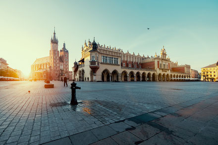Krakow top things to do - Town Square - Copyright  Neirfy