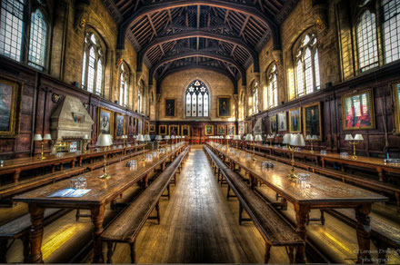 Oxford top things to do - Film locations Copyright  LensesDrilling
