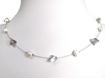 Halskette mit asymetrischen Glasperlen und Zuchtperlen grau/weiß