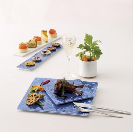 煌びやかな器は食材をより一層映えさせます。
