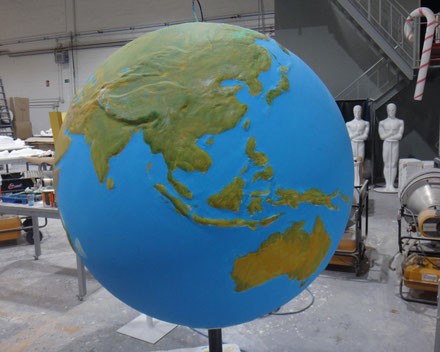 globo mundi con base