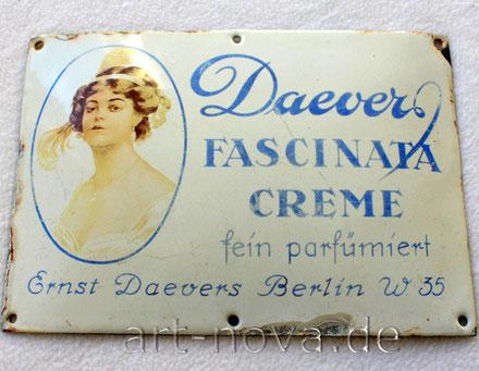 altes emailliertes Werbeschild Fascinata Creme von 1920