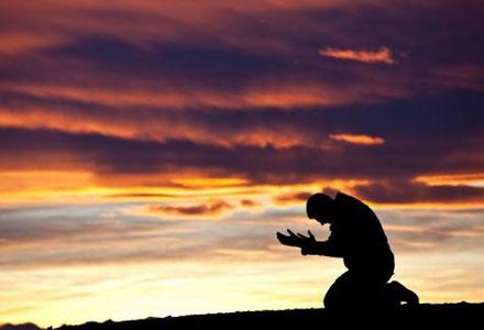 Les personnes malfaisantes qui ont reçu le pardon de Dieu ont pris conscience de la gravité de leurs actes avec sincérité et de profonds regrets. Puis, elles ont abandonné leurs mauvaises actions tout en cherchant à réparer le mal, autant que possible.