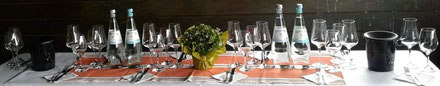 Eine Weinprobe mit Picknick mitten in den Weinbergen der Ahr
