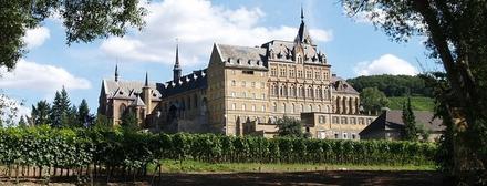 Beeindruckende Weinprobe im Kloster Calvarienberg ab 10 Personen