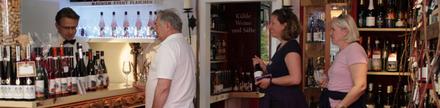 Wählen Sie den Wein nach Ihrem Geschmack an der Ausgabetheke der Weinstube im Ahrweindepot.