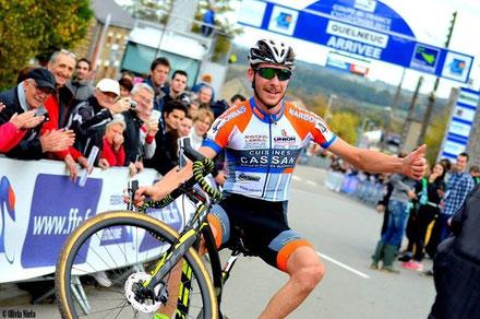 Victor est la super star: Champion du Monde en relais, vice champion du Monde, Champion de France relais, coupe de france, manche de Coupe du monde, Roc d'Azur.....