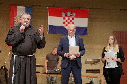 fra. Anto Zrakić i voditelji programa Marija Iličević i Josip Čalušić