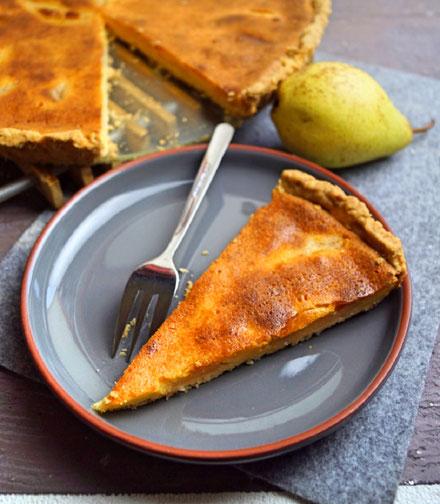 Flacher Birnenkuchen mit Schmand und Vanillepudding