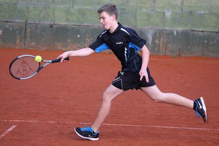 Niklas Lübke entschied die Jugendkonkurrenz in einem spannenden Finale für sich.