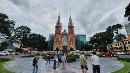 La cathédrale Notre-Dame de Saïgon (Vietnam).