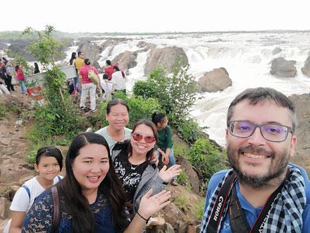 Aux chutes de Preah Nimith (ទឹកជ្រោះព្រះនិម្មិត), à la frontière entre le Cambodge et le Laos.