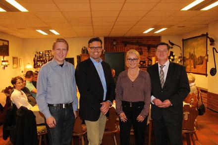 v.l. Felix Petersen, Dr. Christopher Scharnhop, Katrin Pfeffer und Eckhard Pols  (Foto: Jörg Ahlfeld)
