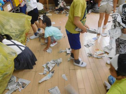 ゴミはゴミ袋に・・・と。
