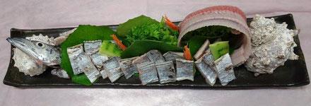 太刀魚の姿造り