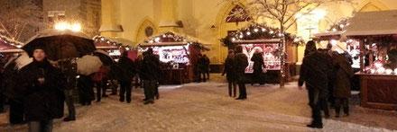 Weihnachtsmarkt in Ahrweiler zur Weihnachtszeit