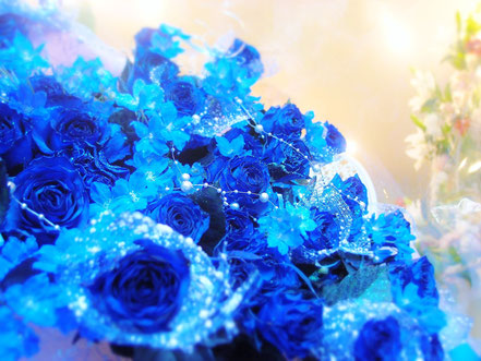 青バラとデルフィニウム