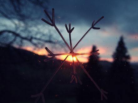Sonnenuntergang gestern (ja, mein Fenster ist so schmutzig ;) ).