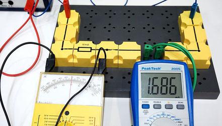 Experiment zur Bestimmung des Innenwiderstandes eines Voltmeters