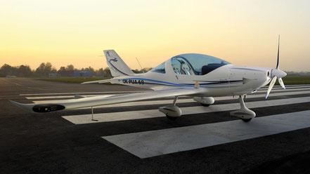 Ultraleichtflugzeug TL-2000 Sting S4