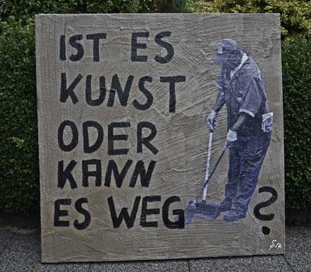 """(c) Divo Santino Betonwerk 2017 """"Ist es Kunst oder kann es weg?"""""""