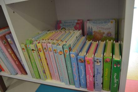 livres cartonnées locatroc family, livres p'tits garçon locatroc family, livre p'tites filles locatroc family, livres p'tits héros locatroc family