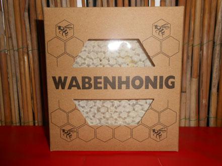 Wabenhonig,naturbelassen von unseren Bienen gesammelt in Deutschland