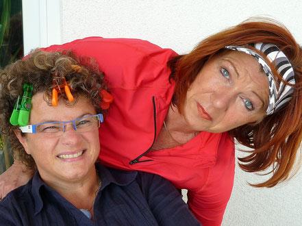Sängerin Susa & Astrologin Uschi  die zwei Kabarettistinnen