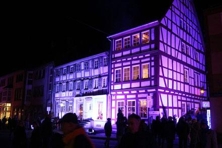 Alte Apotheke bei Otterberg leuchtet 2016, Bild Rainer Wirtz