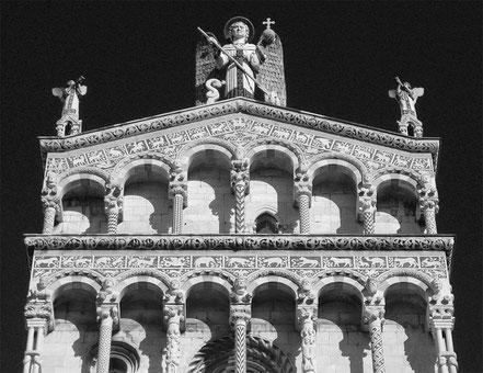Klaus Zimmermanns: DuMont Kunst-Reiseführer Toscana. Köln 1980. Abb. 14