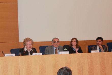 A la tribune (de gauche à droite), Mme Danielle Mérien, Mr. Guy Aurenche, Mme Ariane Grésillon, Mr. Jean-François Zmirou.