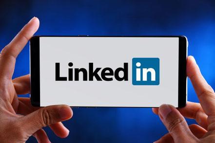 Linkedin ist der anspruchsvollste Social Media Kanal. In diesem Marketing Zoom sprechen wir darüber, wie ein Heilpraktiker ihn für seine Werbung nutzen kann.