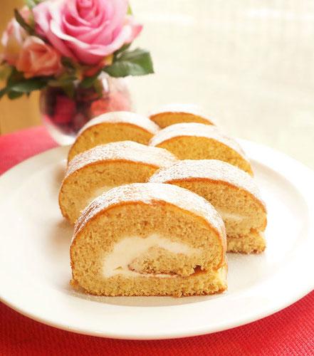 体験レッスンで作れるお菓子 洗双糖の純生ロールケーキ