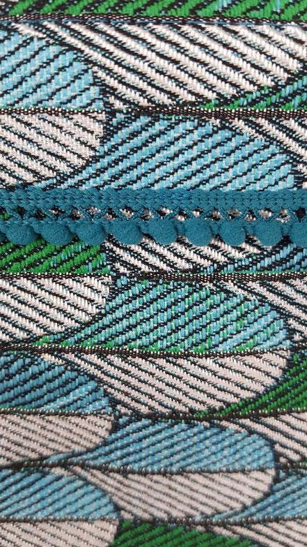 pochette molletonnée plumes de paon, vlslc, vallaosurlacolline, val lao sur la colline