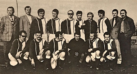 Die AH 1973 | (stehend) H. Becker, R. Luck, H. Mansfeld, A. Betz, H. Schorr, J. Stief, G. Jungfleisch, W. Rupp, W. Becker, V. Gauditz | (kniend) M. Kapp, E. Stein, B. Schorr, D. Lang, G. Gesser, H. Stahl