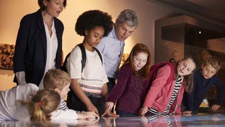 Ateliers pédagogiques scolaires création animation échoscéno