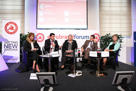 Women Leadership Forum 2014_Gabriela Schnabel, Editor, Format, DI Dr. Gerhard Hrebicek, Vorstand European Brand Institute, Dr. Andrea Kdolsky, Director Health Care Services, PwC Austria, Dr. Harald Katzmair, CEO and Founder, FAS Research, Sally Helgesen,