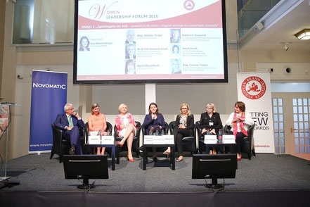 Women Leadership Forum 2015_Mag. Günter Tengel, Amrop CEE; Anett Hanck, HEUTE; Dr. Kristin Hanusch-Linser, ÖBB Holding; Eva Weissenberger, NEWS; Mag. Corinna Tinkler, REWE International; Barbara Krumsiek, Georgetown University Women's Leadership Institute