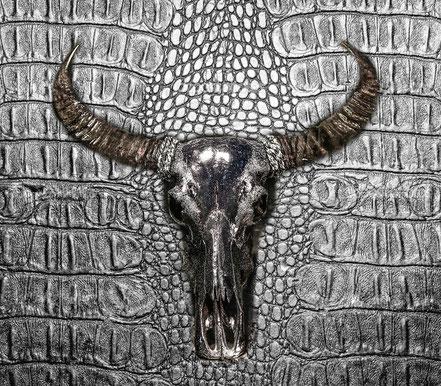 Buffalo black silver, 75cm x 150cm