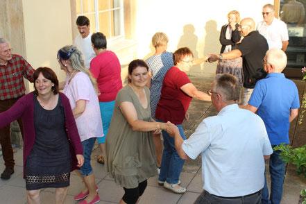 Das Bild zeigt die Freude am Tanzen
