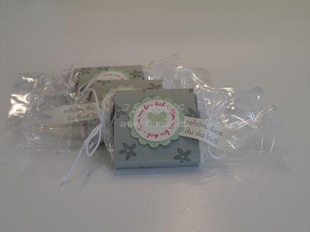 kleine Schokoladen süss verpackt